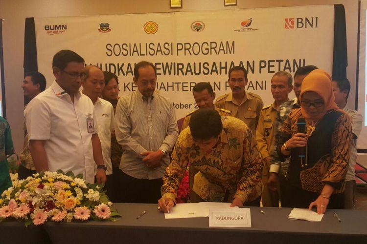 BNI ikut mendukung program pemerintah dalam rangka mewirausahakan Petani