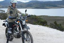Vlog Terbaru Presiden Jokowi: Jelajahi Trans Papua dengan Motor Trail