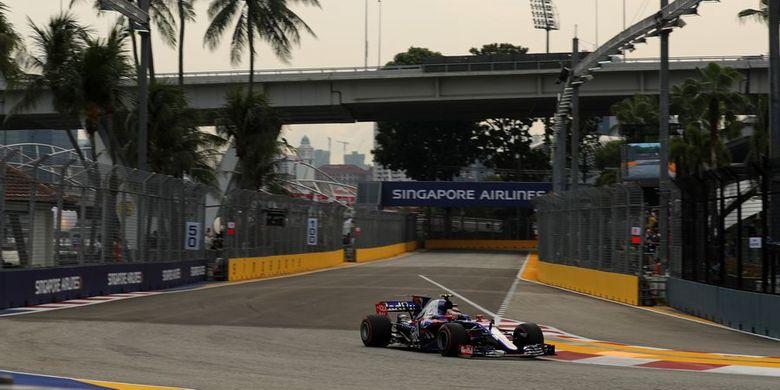 Sean Gelael di Free Practice 1 di GP Singapura, Jumat (15/9/2017).