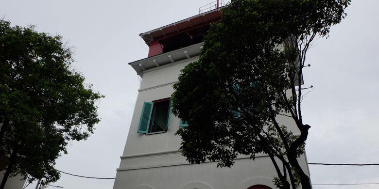 Menyambangi Titik Nol Sekaligus Gedung Tertinggi Di Batavia