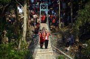 Setelah Puluhan Tahun, Warga Jelujur Akhirnya Miliki Jembatan Gantung