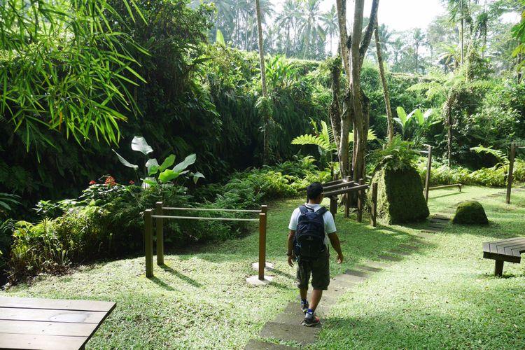 Tempat untuk melakukan aktvitas outdoor seperti olahraga, estate walk, renang, hingga piknik di Como Shambhala Estate, Bali, Sabtu (16/12/2017).