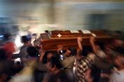 Pasca-serangan Teroris, Kristen dan Muslim Mesir Pawai untuk Persatuan