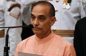 Sebut Wanita yang Pakai Jins Tak Bisa Menikah, Menteri India Dikecam