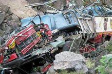 Bus Terjun ke Jurang, 19 Orang Tewas dan 21 Orang Cedera Berat
