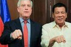 Duterte Tertangkap Kamera Bertemu Kepala Mata-mata Australia