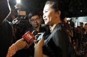 Berbusana Khas Solo,  Ayu Diah Pasha Hadiri Midodareni Putri Jokowi
