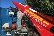 Demi Buktikan Bumi Datar, Pria Ini Akan Tunggangi Roket Buatannya