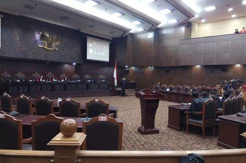 Di Sidang MK, Yusril Bandingkan Perppu Terorisme dengan Perppu Ormas