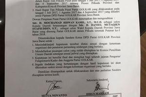 Sekjen Golkar Bantah Surat Pencalonan Ridwan Kamil-Daniel Mutaqien