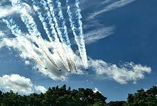 F-16 dan Sukhoi Melintas Saat Prosesi Sertijab Panglima TNI