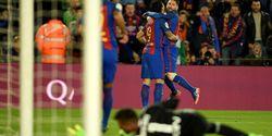 Lionel Messi Catat 100