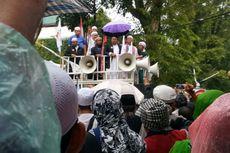 Di Tengah Hujan, Buni Yani Curhat soal Putusan Hakim dan Niat Naik Banding