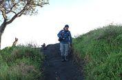 Memilih Sepatu Gunung yang Nyaman untuk Pendakian