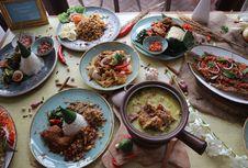 Masakan Indonesia dengan Rasa yang Jujur di Restoran Mendjangan