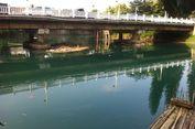 Air Kali Bekasi yang Tercemar Limbah Dimanfaatkan sebagai Sumber Air Minum
