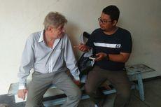 Mantan Pelatih Mitra Kukar Diamankan Imigrasi Saat Liburan di Pacitan
