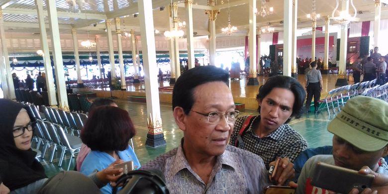 Gubernur DIY, Sri Sultan Hamengku Buwono X di Bangsal Kepatihan, Jalan Malioboro, Kota Yogyakarta, Selasa (30/5/2017).