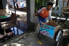 Kisah Mukhlis Penyandang Disabilitas yang Kayuh Sepeda Puluhan Kilo Jual Telur Asin demi Orangtua
