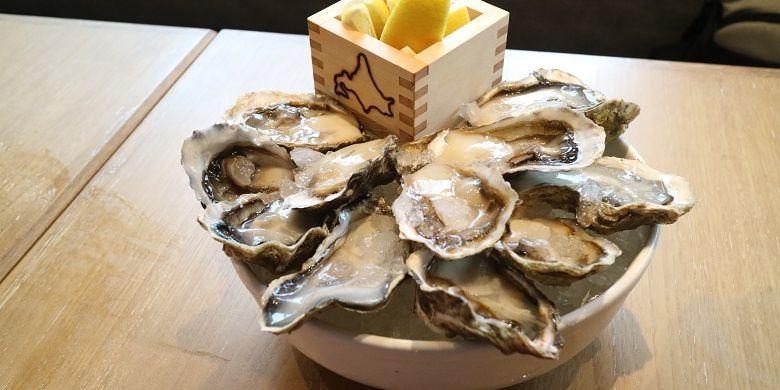 Salah satu hidangan di Hokkaido Izikaya, Oyster.