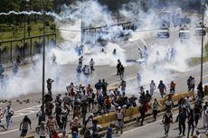 Krisis Kian Parah, 300.000 Warga Venezuela Kabur ke Kolombia