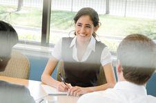 Kiat Lancar Berbahasa Inggris saat Wawancara Kerja