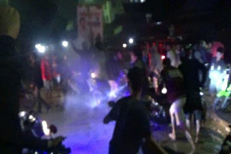 Empat pemuda dilarikan ke rumah sakit karena terlibat pertikaian di sebuah sudut jalan di Kota Mamasa, Sulawesi Barat, Senin (25/12/2017).