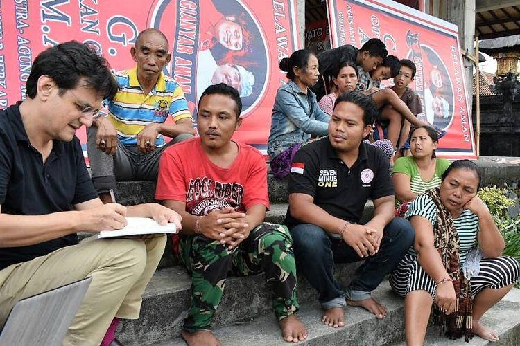 Hampir 150.000 orang telah dievakuasi dari  daerah sekitar Gunung Agung sejak mulai gempa pada 21 September.