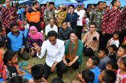 BERITA FOTO: Jokowi dan Iriana di Lokasi Pengungsian Gunung Agung