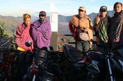Berita Foto: Suku Tengger dan Sarung di Kehidupan Sehari-hari