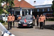 Undang Jokowi dan Diminta Bayaran untuk Paspampres? Laporkan!