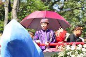 Jokowi Kenakan Ikat Kepala Makuta Sinatria, Ini Maknanya...