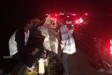 Mereka yang Mengais Rezeki dari Kemacetan di Tol Cipali