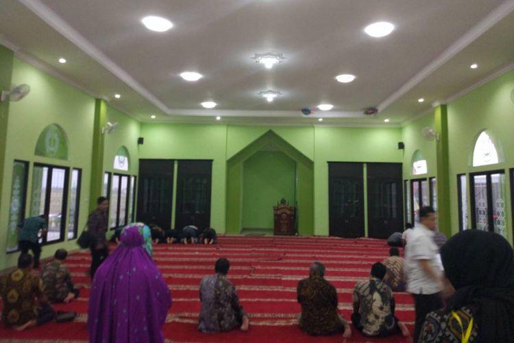 Rumah murah Villa Kencana Cikarang yang diresmikan Presiden Joko Widodo pada Kamis (4/5/2017) dilengkapi fasilitas tempat ibadah.