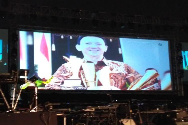 Video cuplikan kepemimpinan Jokowi, Ahok, dan Djarot selama menjadi gubernur ditampilkan dalam peresmian RPTRA di Monas, Selasa (10/10/2017).