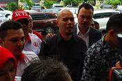 Tak Bawa Ponsel, Pemeriksaan Ahmad Dhani Dihentikan Sementara