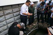 Anies Temukan Penyebab Genangan 50 Sentimeter di Jalan Rasuna Said
