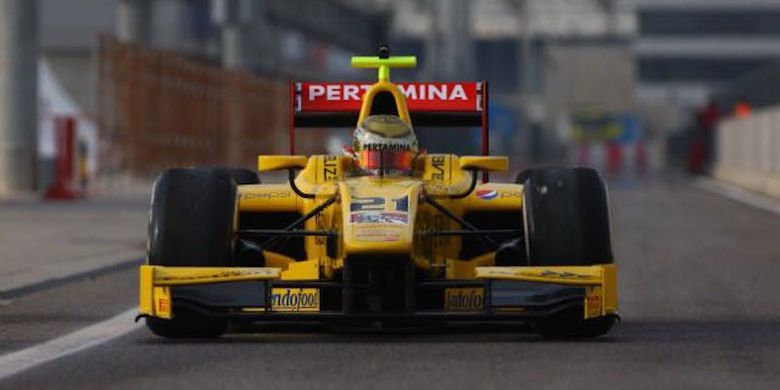 1557726366 » Sean Gelael Jalani Tes Pramusim Formula 2 Di Bahrain
