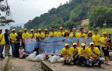 Aksi Innova Community Bakti Sosial di Sumatera Barat