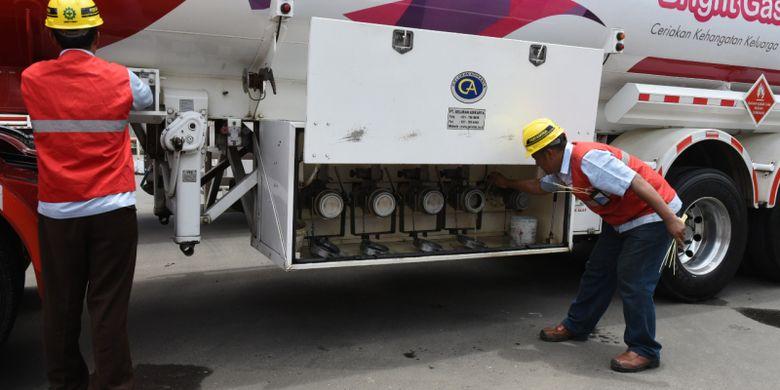 PT Pertamina (Persero) melalui anak usahanya PT Patra Niaga, senantiasa menerapkan Sistem Manajemen Keselamatan Mobil Tangki yang mengacu kepada Sistem Manajemen Keselamatan Transportasi Darat (SMKTD).