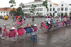Nasib Tukang Ojek Sepeda di Kota Tua Kini