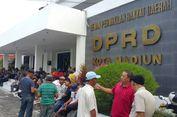 Tolak Angkutan 'Online', Tukang Ojek dan Sopir Taksi di Madiun Datangi DPRD