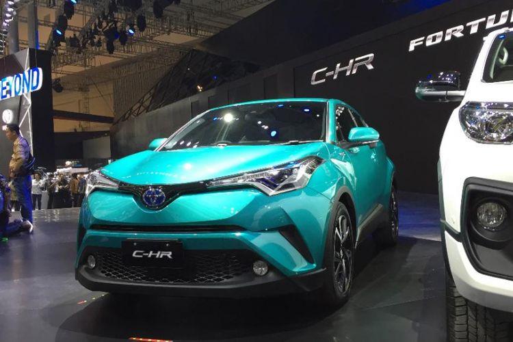 Pilih Mana, Toyota C-HR dari Jepang atau Thailand?