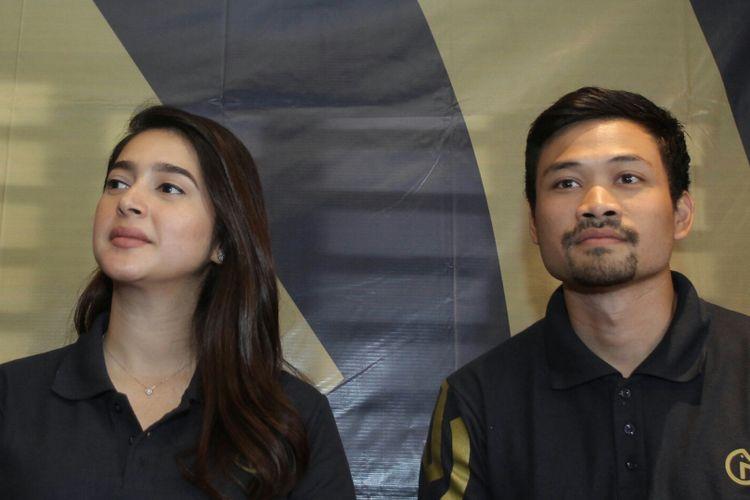 Pesiteron Nabila Syakieb dan sang suami Reshwara Argya Ardinal saat ditemui di kawasan Ciranjang, Jakarta Selatan, Selasa (14/11/2017).