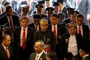 Dilapori Insiden Bendera Terbalik, Jokowi Manggut-manggut dan Senyum