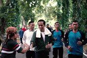 Jokowi Bingung Pakai Alat 'Nge-Vlog' Canggih