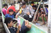 Inspiratif, Bripka Muhamad Arifudin Tularkan Semangat Membaca di Desa Nelayan