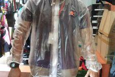 Jas Hujan Transparan ala Pebalap MotoGP
