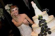 Dua Tahun Pisah dari Kekasih, Perempuan Italia Nikahi Diri Sendiri