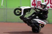 'Wheelie' 500 Km, Pria Ini Pecahkan Rekor Dunia (Video)